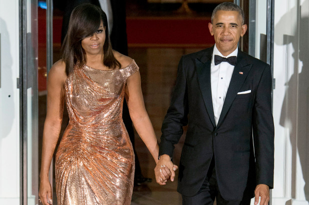 Barack Obama's Memoir Edges Wife Michelle's First Day Book Sale Record - SurgeZirc UK